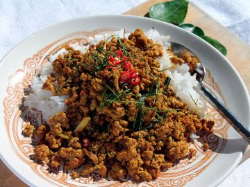 Curry jaune Thaï sec au porc haché