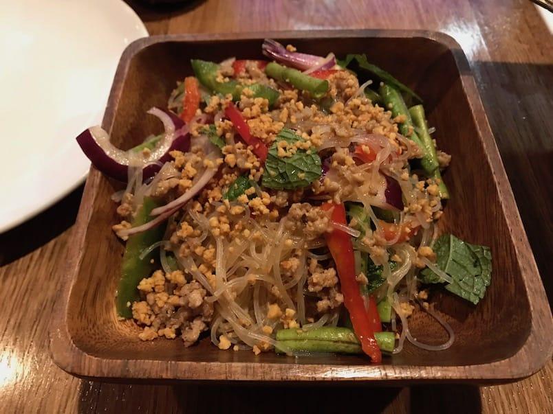 Salade de vermicelles chez Kin Khao 25